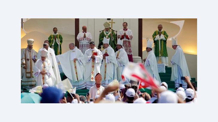 زيارة البابا إلى بلاد الأرز....رسالة سلام وأمل رويتر