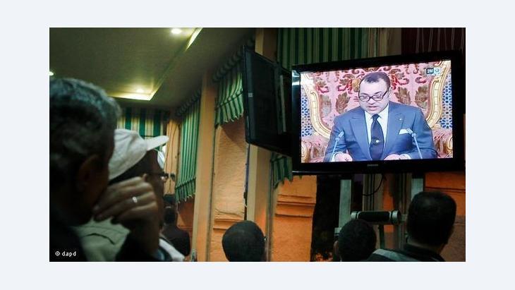 حركة 20 فبراير الشبابية كانت وراء الحراك الذي يشهده المجتمع المغربي ووراء دفع القصر إلى تقديم الإصلاحات المطروحة اليوم على الاستفتاء الشعبي.