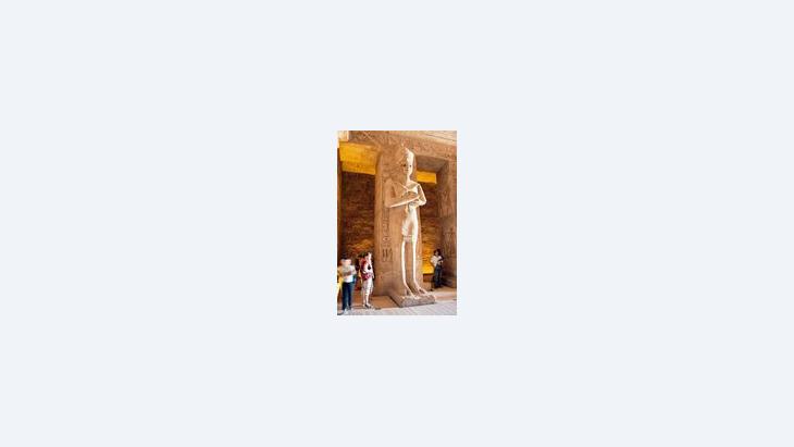 تمثال أبو سمبل،الصورة: الموسوعة الحرة