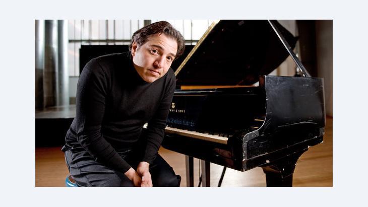 محاكمة عازف البيانو التركي فاضل ساي د ب ا
