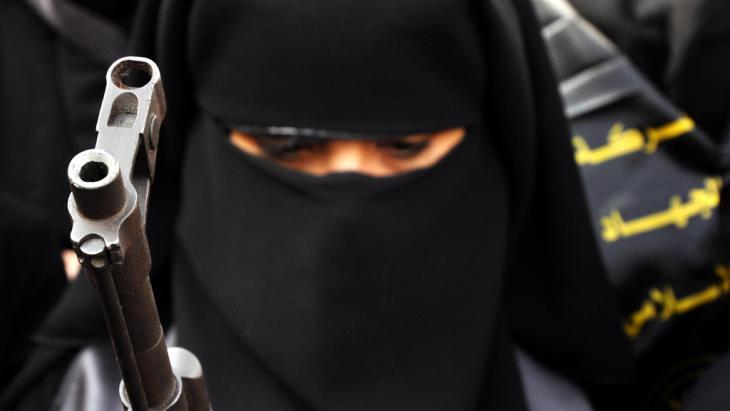 من ينقذ الاسلام من جهاديين يجهلون صحيح الدين؟