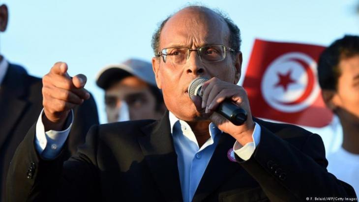 """انتخب الرئيس التونسي السابق المنصف المرزوقي الإثنين(01 ماي أيار 2017) رئيسا لحزبه """"حراك تونس الارادة"""" وذلك أثناء المؤتمر التأسيسي الذي يأتي قبل أشهر من أول انتخابات بلدية تجري بعد ثورة 2011، وفق ما أعلن الحزب."""