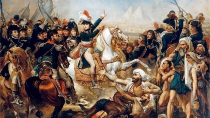 لوحة تصور قوات نابليون وهي تصل إلى مصر وتهزم الحاكم المملوكي المسلم هناك عام 1798