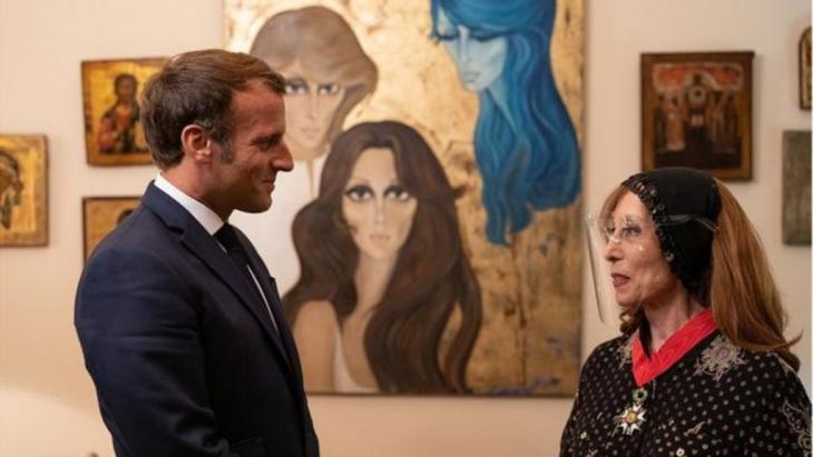 الرئيس الفرنسي ماكرون لم يجد في زيارته الثانية للبنان خلال أقل من شهر واحد، سوى فيروز يلجأ إليها في زمن الكارثة والكآبة
