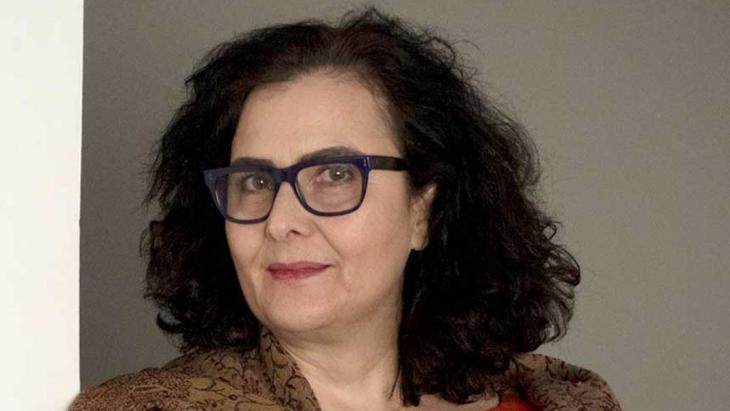 الكاتبة اللبنانية شذى شرف الدين