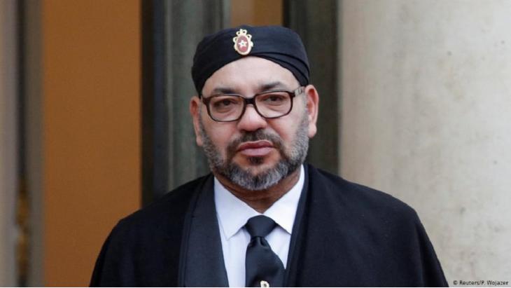 أعتلى محمد السادس، المولود في 21 أغسطس/ آب 1963، عرش المغرب في 23 يوليو/ تموز 1999 بعد وفاة والده الملك الحسن الثاني.