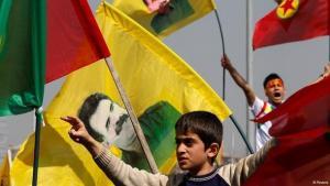 احتفالات الأكراد في تركيا بعد إعلان حزب العمال الكردستاني خطة للسلام. تركيا. رويترز