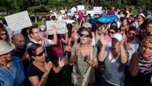 تونسيات يتظاهرن ضد العنف على النساء في تونس. abacapress.com