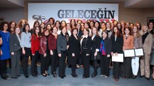 مشاركات في حلقة نقاش لمنظمة سيدات الأعمال التركيات KAGIDER في تركيا (KAGIDER).