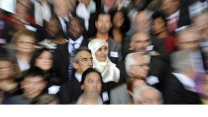 من أصول مهاجرة في لقاء مع المستشارة الألمانية انجيلا ميركل 2008، الصورة د ب ا