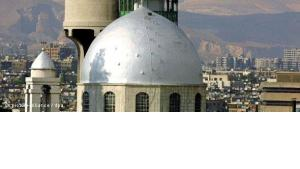 """""""بموقفها هذا تخاطر كنائس سوريا بأن تكون هدفاً لغضب الجماهير السنية المجاورة لها في حالة انتهاء نظام البعث"""""""