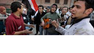 فنانون شباب في ميدان التحرير