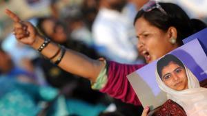 ناشطة متضامنة مع التلميذة مالالا في كراتشي. غيتي إميجيس