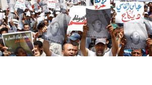 يؤكد رئيس اتحاد كتاب المغرب، عبد الرحيم العلام، أن المثقف المغربي لعب دورا هاما في اقرار التعديلات السياسية التي عرفها المغرب
