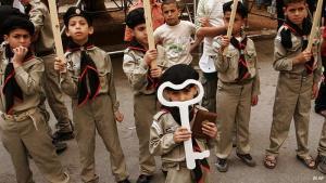 إسرائيل تحتفل في مثل هذه الأيام بذكرى تأسيسها، وتحديدا في 14 مايو/ أيار 1948، أي بيوم واحد قبل يوم النكبة. أما الفلسطينيون فيعتبرون يوم النكبة ذكرى الكارثة التي حلت بهم، حين تم تهجيرهم ومطاردتهم ومصادرة أراضيهم. في مثل هذا اليوم من كل عام يحيي الفلسطينيون يوم النكبة بفعاليات ومهرجانات رمزية يطالبون فيها بحق العودة إلى أراضيهم.