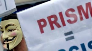 مظاهرة في مدينة هانوفر الألمانية ضد برنامج بريزم الأمريكي التجسسي . د ب أ
