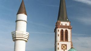 منارة أحد المساجد في مدينة مانهايم الألمانية. Foto: picture-alliance/dpa