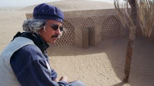 المخرج التونسي والفنان التشكيلي ناصر خمير. Foto: Christina Omlin