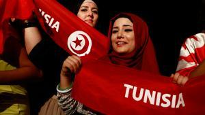تونسيات محجبات في مظاهرات في تونس. Foto: Reuters