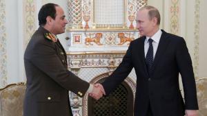 السيسي يصافح بوتين. Foto: Reuters
