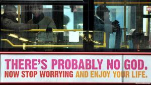 """أحد الإعلانات على حافلة في بريطانيا مكتوب عليه : """"ربما لا يوجد إله""""، ضمن حملة دعمتها الرابطة البريطانية الإنسانية. photo: picture-alliance/dpa"""