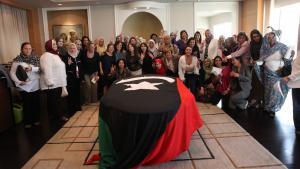 """لقاء لأعضاء تنسيق منظمة """"كرامة"""" في الأردن بتاريخ 07 / 10 / 2011 بمناسبة تأسيس منبر النساء الليبيات للسلام. Foto: Dominique Margot"""