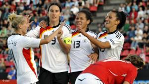 لماذا تمتنع المسلمات عن لعب الكرة بنوادي ألمانيا؟