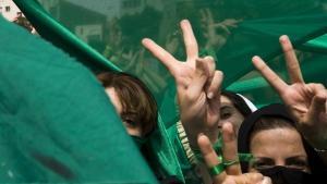 احتجاج الحركة الخضراء في طهران في يونيو/ حزيران 2009.  Foto: Reuters
