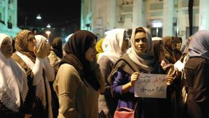 نساء ليبيات في مظاهرات احتجاجية على عنف الميليشيات. Foto: Valerie Stocker