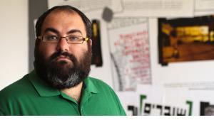 """يهودا شاؤول - أحد مؤسسي منظمة """"كسر الصمت"""".  Foto: Quique Kierszenbaum"""