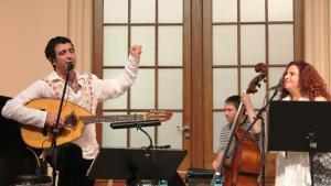 أمسية موسيقية جمعت بين المغنية التركية اليهودية هاداس بال ياردن والمغني الجزائري الألماني مومو دجاندر في برلين Photo: Mohamed Massad 2014