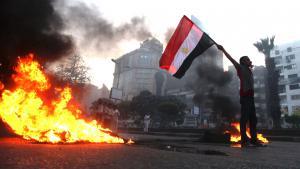 أحد أنصار مرسي في احتاج في القاهرة 30 / 08 / 2013.(photo: AP Photo/Khalil Hamra)