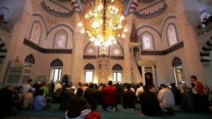 ;  مسجد سيهليتك في برلين Foto: Getty Images/A. Rentz