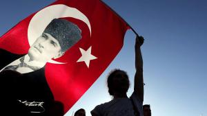 من أنصار أتاتورك في اسطنبول. Foto: dpa