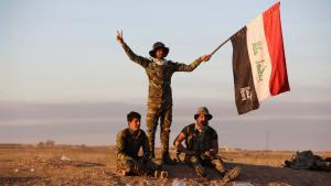 وحدات عراقية شيعية داعمة للجيش العراقي قرب تكريت. Foto: Getty Images/AFP/Al-Rubaye