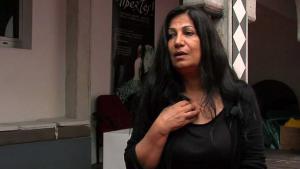 الشاعرة والمخرجة السورية هالا محمد Quelle: youtube