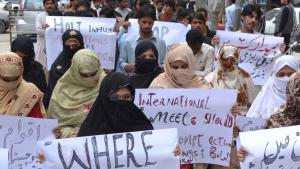 أفراد من أقلية البلوش في احتجاج ضد الحكومة الباكستانية.  Foto: DW/ A. Ghani Kakar