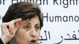 القاضية السابقة والمحامية والناشطة الحقوقية الإيرانية شيرين عبادي أول مسلمة حائزة على جائزة نوبل للسلام.Foto: Reuters