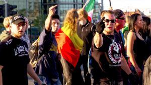 أنصار حركة بيغيدا. Foto: picture alliance/Geisler-Fotopress/M. Golejewski