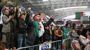 معارضة في الجزائر. (photo: DW/Ben Chenouf Mahrez)