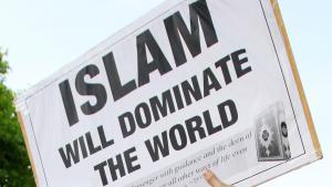احتجاج في لندن في تاريخ  6 / 05 / 2015 بعد مقتل أسامة بن لادن. (photo: picture-alliance/empics)