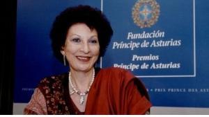 عالمة الإجتماع المغربية الشهيرة فاطمة المرنيسي
