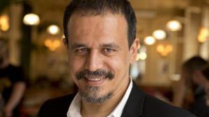الروائي البوليسي الموريتاني الفرنسي كريم مسكة (photo: Antoine Rozes)