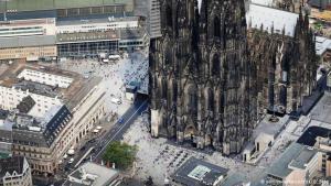 كاتدرائية كولونيا في غرب ألمانيا.