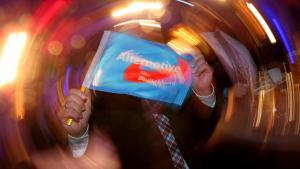 """حفلة حزب """"البديل من أجل ألمانيا"""" اليميني الشعبوي بعد فوزه في انتخابات ولاية بادِن فورتِنبيرغ الألمانية. Foto: Getty Images/A. Hassenstein"""