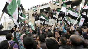 احبجاجات سلمية للجيش السوري الحُرّ في سوريا. معرة النعمان، إدلب، الرابع من مارس/ آذار 2016. Foto: Reuters/K. Ashawi