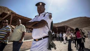 شرطي مصري.Foto: picture-alliance/dpa/O. Weiken