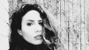الصحفية والإعلامية والشاعرة صابرين كاظم Foto: Privat