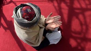 صوفي في أحد مساجد كابول. Foto: SHAH MARAI/AFP/Getty Images