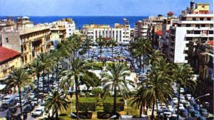 صورة قديمة لساحة الشهداء في بيروت. (photo: Elie Wardini 1995)